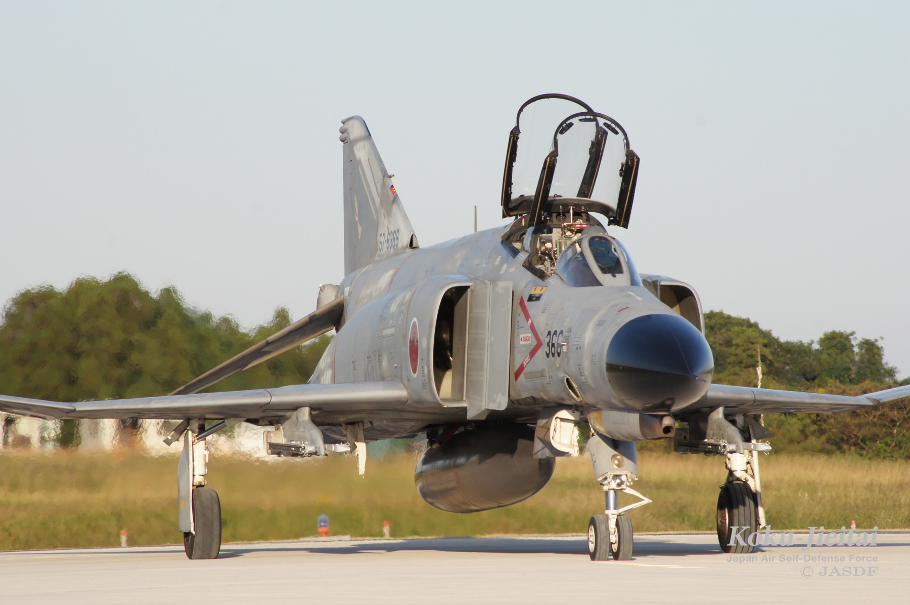 主要装備 F-4EJ(改)|防衛省 [JASDF] 航空自衛隊