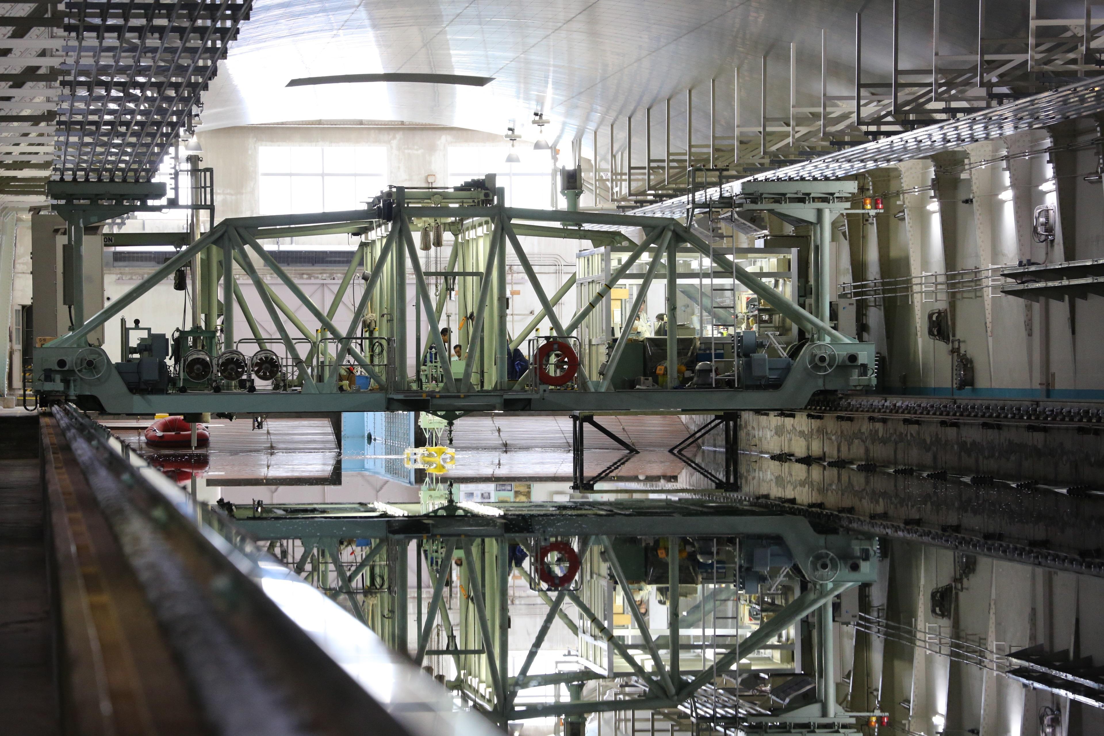 防衛装備庁 : 艦艇装備研究所