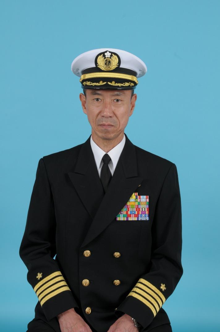 指揮官:小月教育航空群司令の紹介